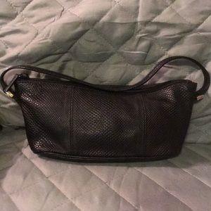 Gucci black leather pouchette